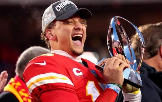 NFL Chiefs star Mahomes buys stake in MLS Sporting KC