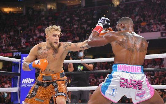 Neither boxers nor MMA fighters are impressed with Jake Paul after win over Tyron Woodley