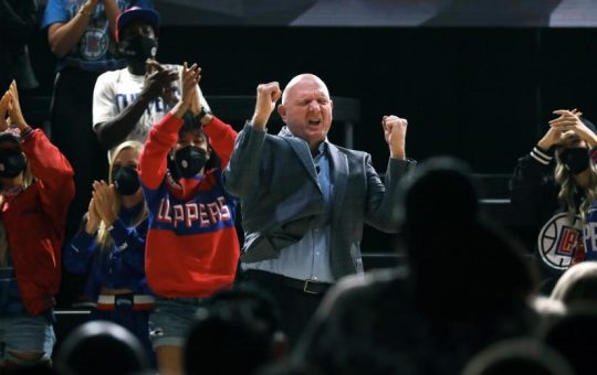 Commentary: Total Ballmer: How an epic Clippers arena party turned meme worthy